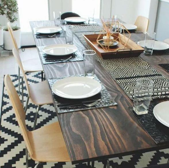 τραπέζι από πεύκο